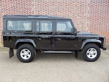 Land Rover Defender 110 Xs Td - Thumb 2