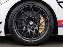 BMW M4 DTM Champion Edition - Thumb 9