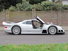 Mercedes-Benz CLK GTR - Thumb 4