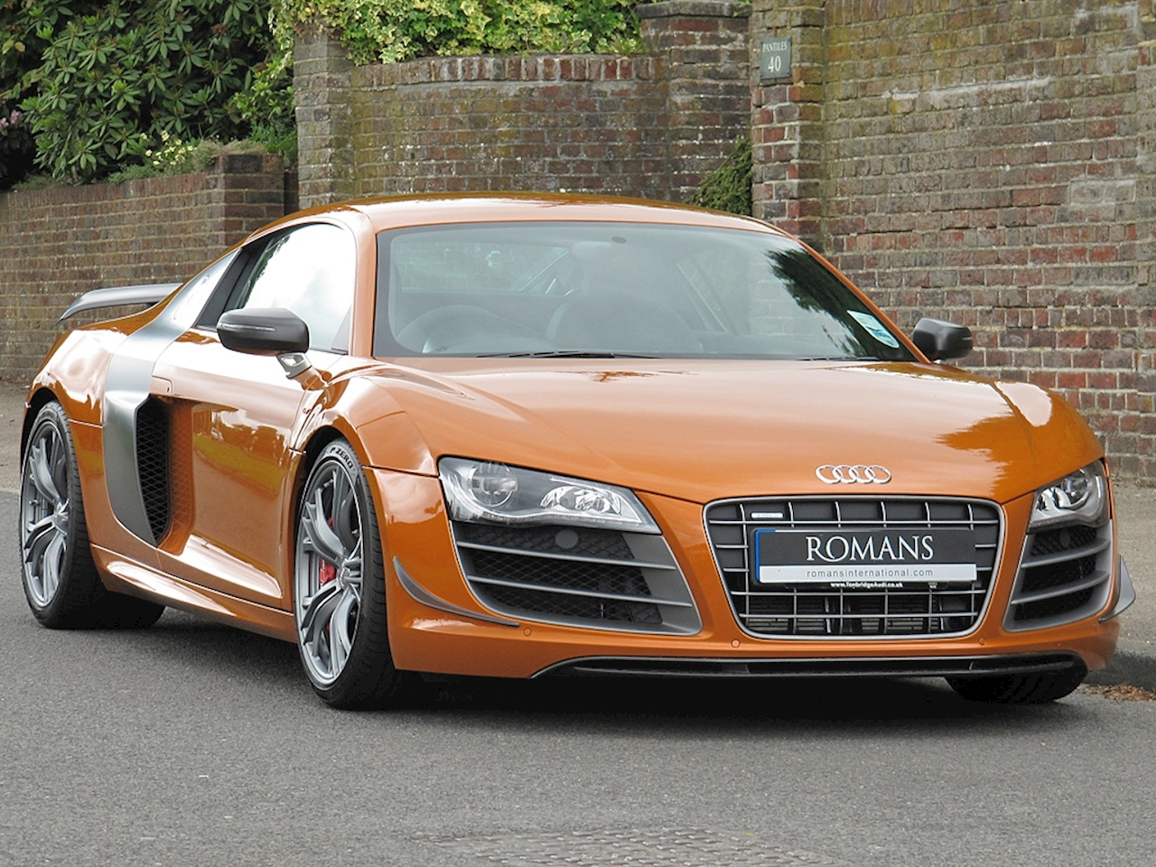 2011 used audi r8 gt quattro samoa orange. Black Bedroom Furniture Sets. Home Design Ideas