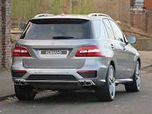 Mercedes-Benz ML63 AMG - Thumb 3