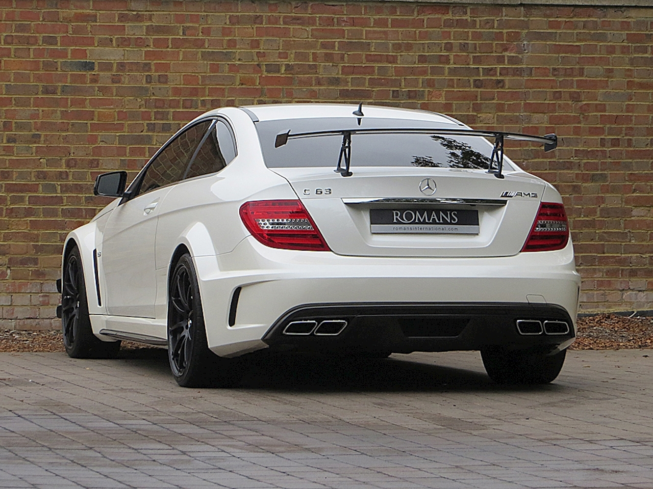 2012 used mercedes benz c63 amg black series diamond white. Black Bedroom Furniture Sets. Home Design Ideas