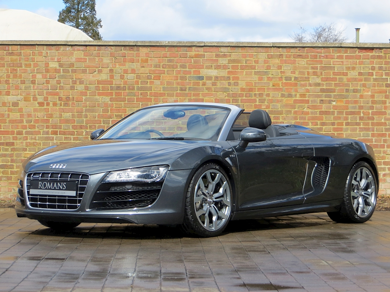 2012 used audi r8 v10 spyder daytona grey. Black Bedroom Furniture Sets. Home Design Ideas