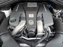 Mercedes-Benz ML63 AMG - Thumb 2