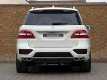 Mercedes-Benz ML63 AMG - Thumb 12