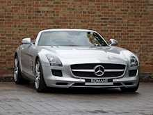 Mercedes-Benz SLS AMG Roadster - Thumb 0