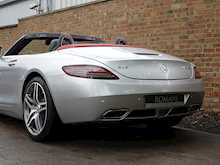 Mercedes-Benz SLS AMG Roadster - Thumb 7