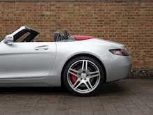 Mercedes-Benz SLS AMG Roadster - Thumb 8