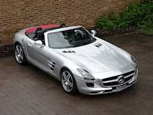 Mercedes-Benz SLS AMG Roadster - Thumb 12