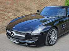 Mercedes-Benz SLS AMG - Thumb 5