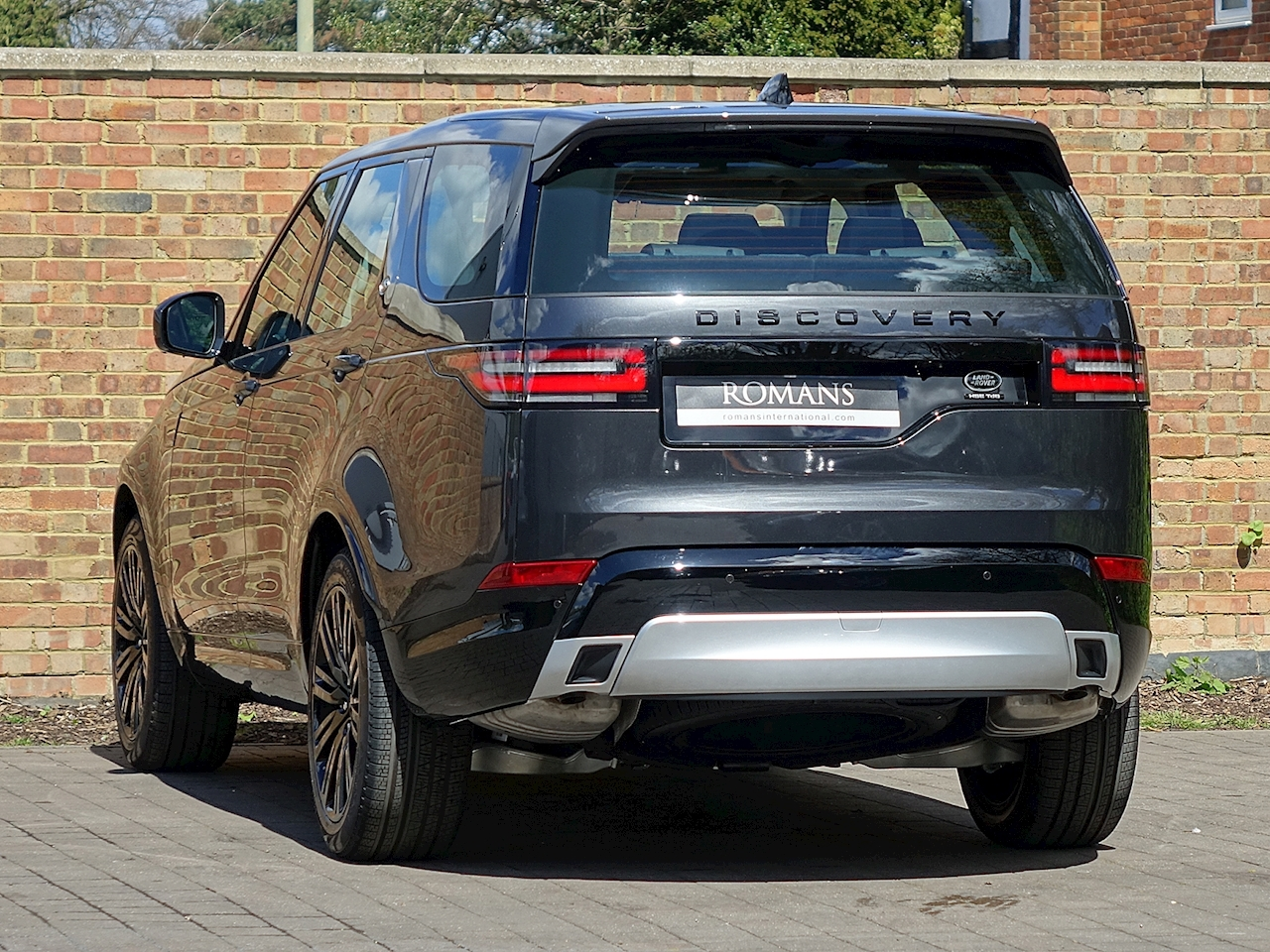 2017 Used Land Rover Discovery 3 0 Sdv6 Hse Luxury Carpathian Grey