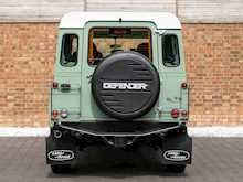Land Rover Defender 110 Heritage Station Wagon - Thumb 4