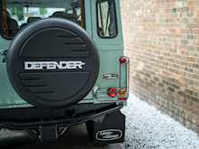 Land Rover Defender 110 Heritage Station Wagon - Thumb 20