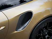 Porsche 911 Turbo S Exclusive Series - Thumb 30