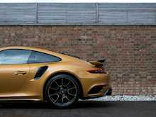 Porsche 911 Turbo S Exclusive Series - Thumb 37