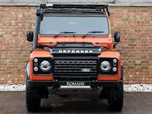 Land Rover Defender 90 Adventure - Thumb 3