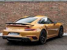 Porsche 911 Turbo S Exclusive Series - Thumb 6