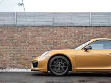 Porsche 911 Turbo S Exclusive Series - Thumb 23