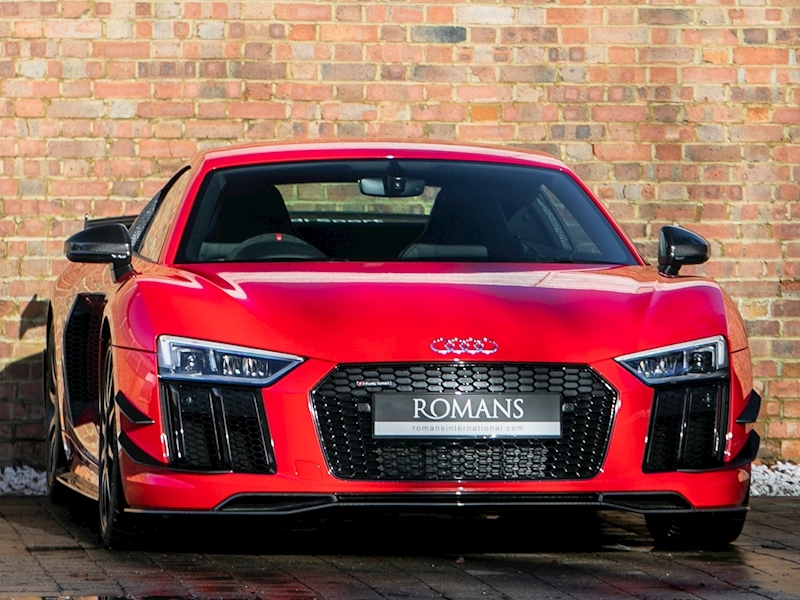 R8 R8 + Perform Parts Quat V Coupe 5.2 Semi Auto Petrol