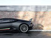 Lamborghini Huracan LP640-4 Performante - Thumb 20