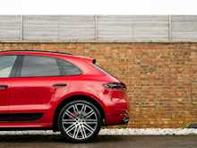 Porsche Macan Turbo Performance Pack - Thumb 27