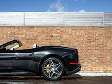 Ferrari California T HS - Thumb 30