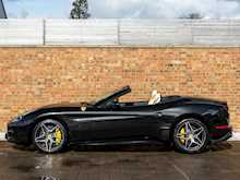 Ferrari California T HS - Thumb 1