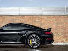 Porsche 911 (991.2) Turbo S - Thumb 30