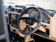 Land Rover Defender 90 XS Bowler - Thumb 10