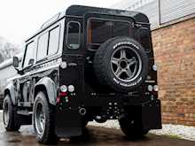 Land Rover Defender 90 XS Bowler - Thumb 25