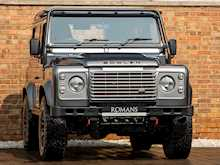 Land Rover Defender 90 XS Bowler - Thumb 0