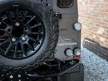 Land Rover Defender 90 XS Bowler - Thumb 19