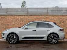 Porsche Macan Turbo - Thumb 1