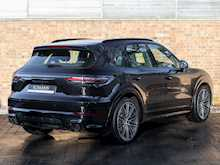 Porsche Cayenne Turbo - Thumb 8
