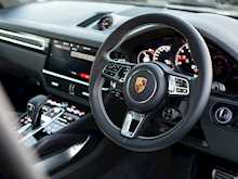 Porsche Cayenne Turbo - Thumb 10