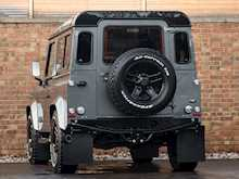 Land Rover Defender 90 XS URBAN TRUCK Carbon Edition - Thumb 2
