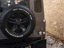 Land Rover Defender 90 XS URBAN TRUCK Carbon Edition - Thumb 20