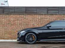 Mercedes AMG C63 S Premium Plus - Thumb 23