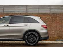 Mercedes-AMG GLC 63 4Matic - Thumb 26