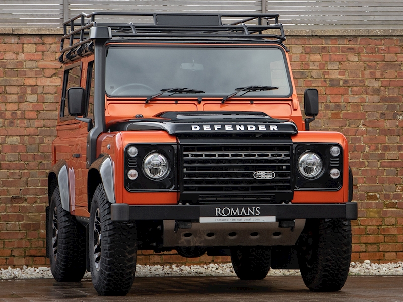 Defender 90 Td Adventure Station Wagon Light 4X4 Utility 2.2 Manual Diesel