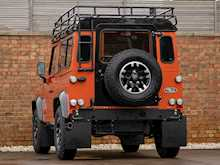 Land Rover Defender 90 Adventure Edition - Thumb 2