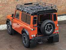 Land Rover Defender 90 Adventure Edition - Thumb 8
