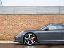 Porsche 911 (991) 50th Anniversary Edition - Thumb 24