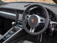 Porsche 911 (991) 50th Anniversary Edition - Thumb 10
