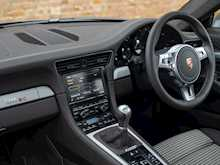 Porsche 911 (991) 50th Anniversary Edition - Thumb 14