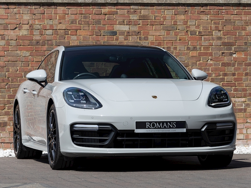 Panamera  Estate   Petrol