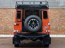 Land Rover Defender 110 Adventure Edition - Thumb 4