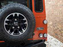 Land Rover Defender 110 Adventure Edition - Thumb 22