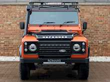 Land Rover Defender 110 Adventure Edition - Thumb 3