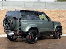 Land Rover Defender 90 X P400 - Thumb 6